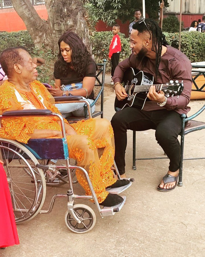 Flavour nabania and father
